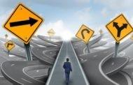چرا در تصمیم گیری اشتباه می کنیم؟