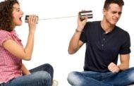 گوش دادن: چطوری به حرفهای همسرم گوش بدهم؟