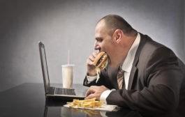 چاقی چیست؟ ژنتیک یا پرخوری