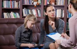کاهش نشانههای افسردگی بوسیله خانواده درمانی