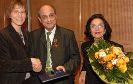 پروفسور نصرت پزشکیان: پایهگذار رواندرمانی مثبت