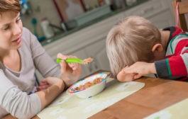 استفاده از پیامد طبیعی و منطقی رفتار و تاثیر پاداش و تنبیه در تغییر رفتار کودکان