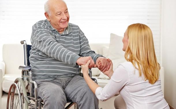 مراقبت از بیماران با نیازهای ویژه در خانواده چگونه باید باشد؟