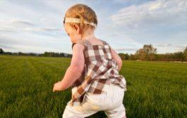 مشکلات حرکتی اولیه و تأخیرهای زبانی در اوتیسم