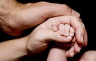 دلبستگی چیست و رابطه آن با رشد اجتماعی چگونه است؟