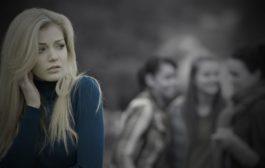 غلبه بر اضطراب اجتماعی : مؤثرترین روشهای کمک به خود
