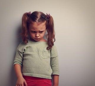 اختلال خوردن و آسیب دروان کودکی