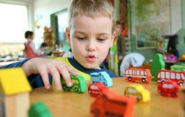 اثر بازی درمانی بر کودکان چگونه است؟