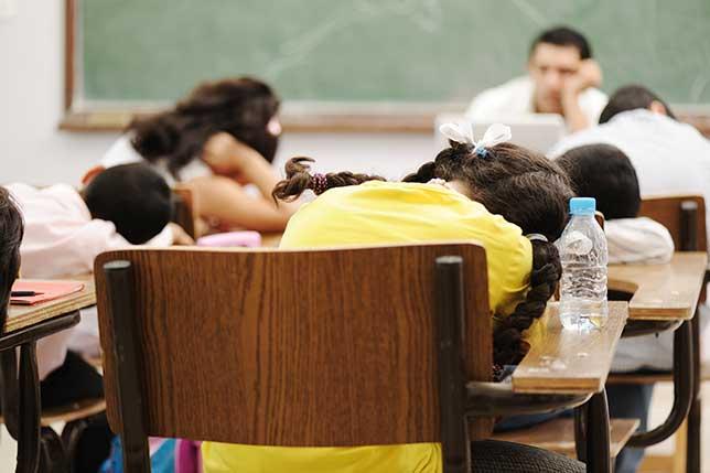 شروع زودهنگام مدرسه میتواند خطر افزایش افسردگی و اضطراب را بالا ببرد.