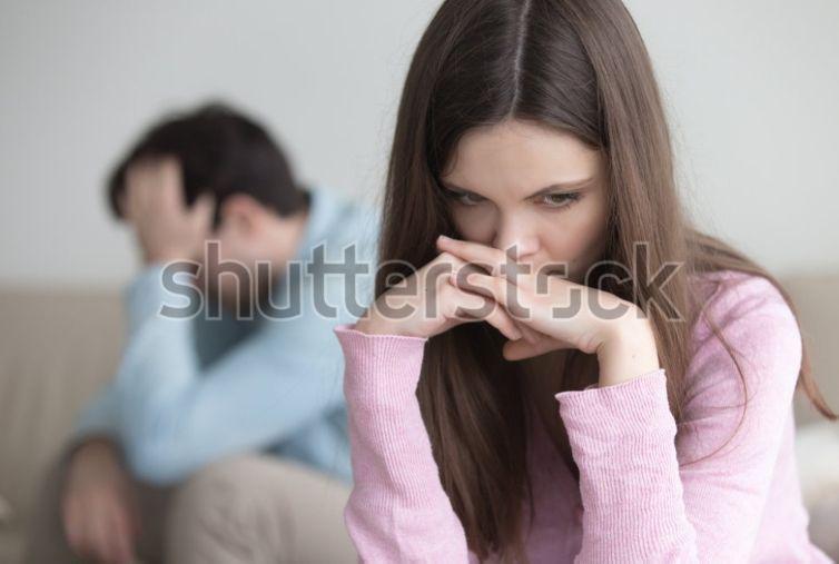 نشانههای داشتن یک دلبستگی ناسالم به شریک عاطفی چه چیزهایی است؟