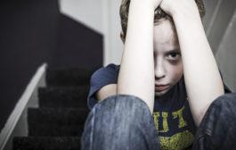صحبت در مورد پسرانی که مورد سوء استفاده جنسی قرار گرفته اند و مردانگی تاثیر پذیرفته از این اتفاق
