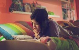 چطور یک کودک درونگرا را بزرگ کنیم (4 نکته برای والدین فرزندان درونگرا)