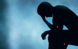 نشانههای پریشانی هیجانی که فرد را مستعد اختلال روانی میکند