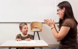 آموزش انعطاف پذیری و تابآوری به کودکان مبتلا به اوتیسم