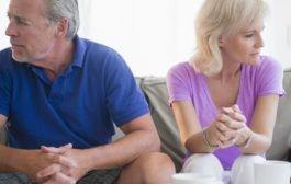 بحران میانسالی: سه عامل خطرساز برای تخریب زندگی زناشویی در میانسالی
