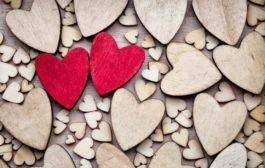 آیا عشق نتیجه بازی هورمون های بدن است؟
