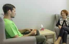 مقایسه اثربخشی درمان شناختی رفتاری با روانپویشی
