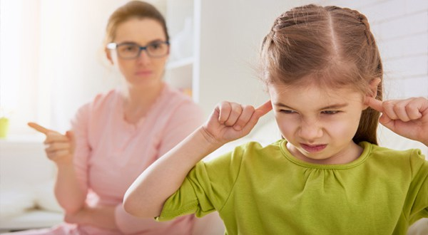 رابطه تداوم نشانههای ADHD با انتقاد بیش از حد والدین