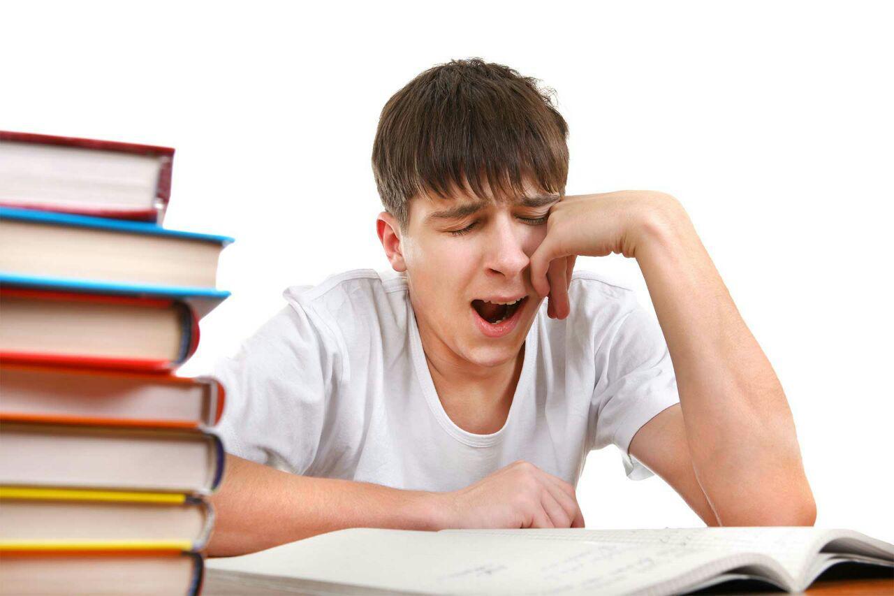 آیا کمبود خواب واقعاً به مغزتان آسیب میرساند؟