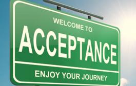 استفاده از درمان مبتنی بر پذیرش و تعهد برای تعدیل طرحوارههای ناسازگار اولیه